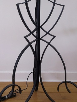 Cast iron standing lamp - Robert Merceris