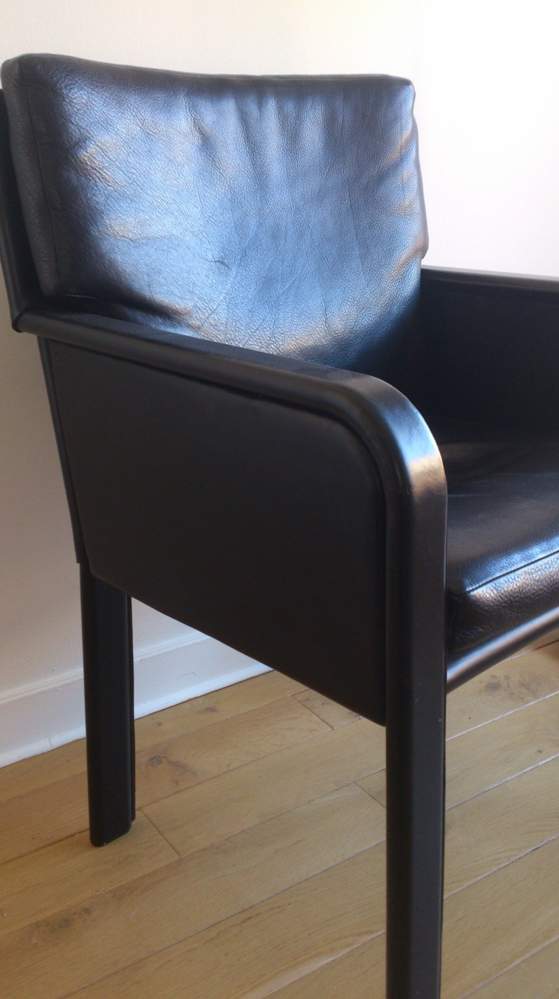 Matteo Grassi full leather chair