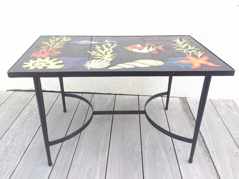 French 1960's marine decor enameled lava side table
