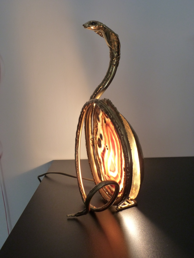 A stunning cobra lamp by Henri Fernandez in gilt brass and agate - France 1970's